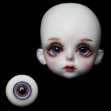 Glass eyeball  001
